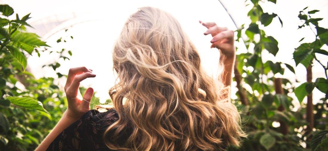 Volleres, gesundes Haar. Testen Sie jetzt die Eigenbluttherapie.